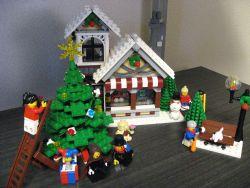 レゴ クリエイター クリスマスセット 10199の組み立て画像